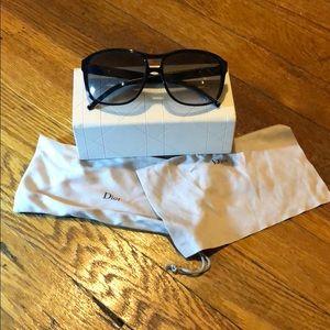 Dior Black sunglasses 🕶
